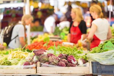 sacramento farmers markets